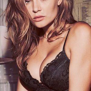 Victoria's black lace bombshell plunge push up bra